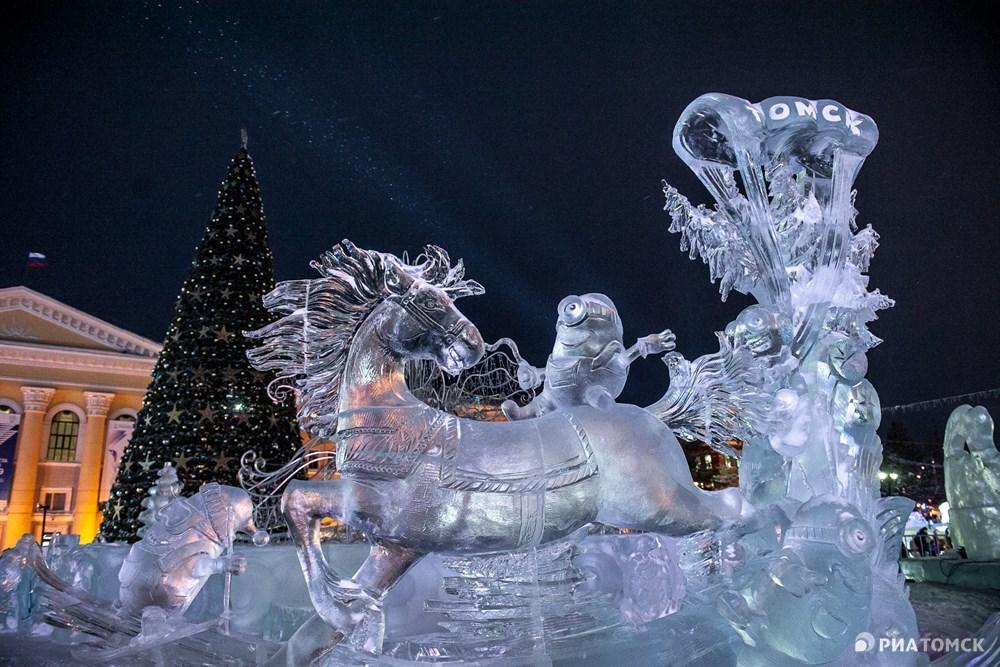 Работа, которая получила награду за первое место, – Зимние покатушки, или миньоны в Томске. Ее выполнили участники из Чебоксар.