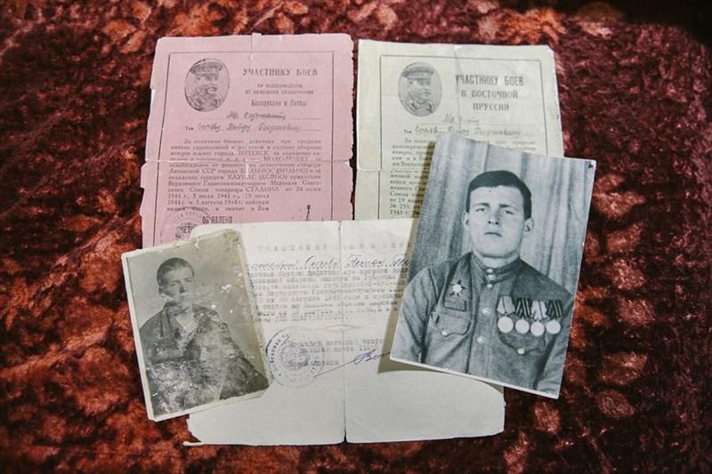 Со дня победы в Великой Отечественной войне прошел ровно 71 год. Накануне праздника живущие в Томске ветераны рассказали РИА Томск, как встречали 9 мая 1945 года, что помогло им выжить на войне и чем они занимались после нее.