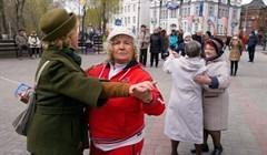 Томичи споют 9 мая песни Победы