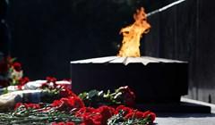 Томичи возложили цветы к мемориалу в Лагерном в День памяти и скорби