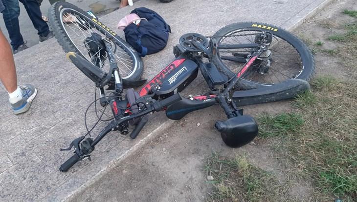 Велосипедист с ребенком попали под колеса иномарки в Томске