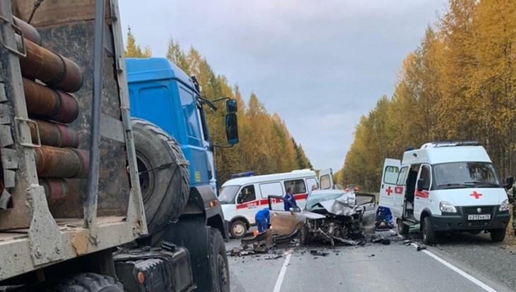 Двое погибли и 7 пострадали в ДТП на трассе Стрежевой – Нижневартовск