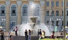 Как фонтан на Новособорной в Томске учат танцевать под свет и музыку
