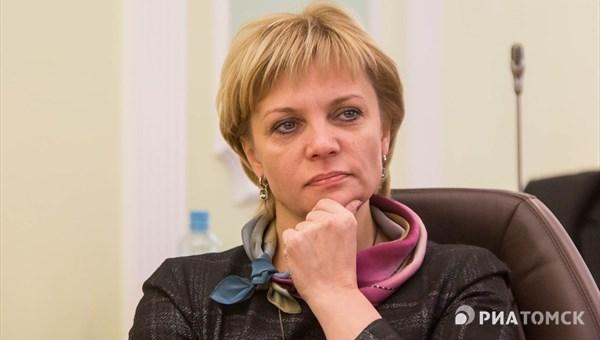 Попавшаяся на пьяной езде заммэра Томска Оксана Кравченко подала в отставку