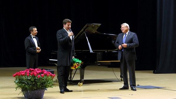 ВТомске начинается фестиваль традиционной музыки «Денис Мацуев иего друзья»