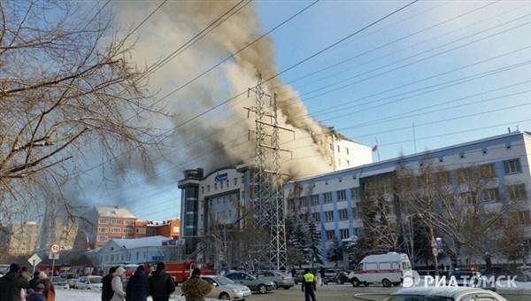 Строение компании «Газпромнефть-Восток» загорелось вТомске