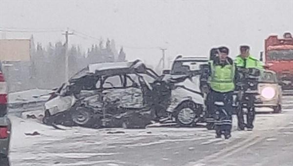Надороге Томск— Эушта вДТП умер человек иранены четверо