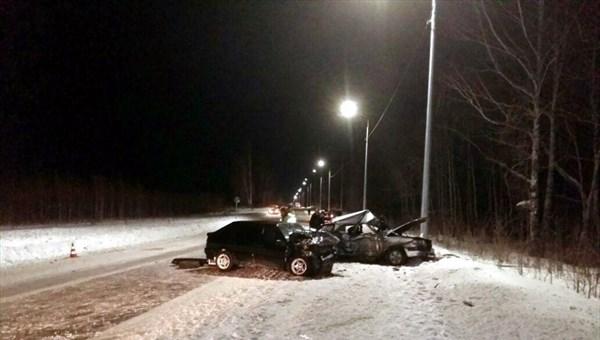 Мужчина умер вДТП стремя автомобилями под Томском