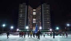 Самый большой в Сибири: как выглядит каток на озере в центре Томска