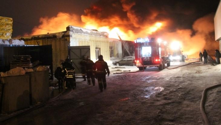 Пожарные локализовали возгорание впроизводственном помещении Томска