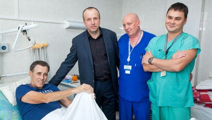 Попавший вДТП солист группы Bad Boys Blue покинет Томск всреду