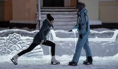 Профессиональные фигуристы научат томичей катанию на коньках