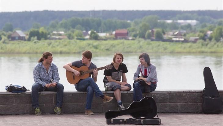 Теплая погода без осадков сохранится в Томске во вторник