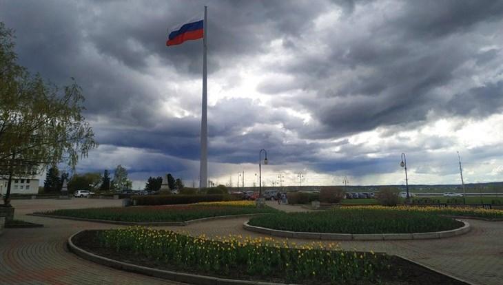 МЧС: грозы, град, сильный ветер вновь ожидаются в Томске в понедельник