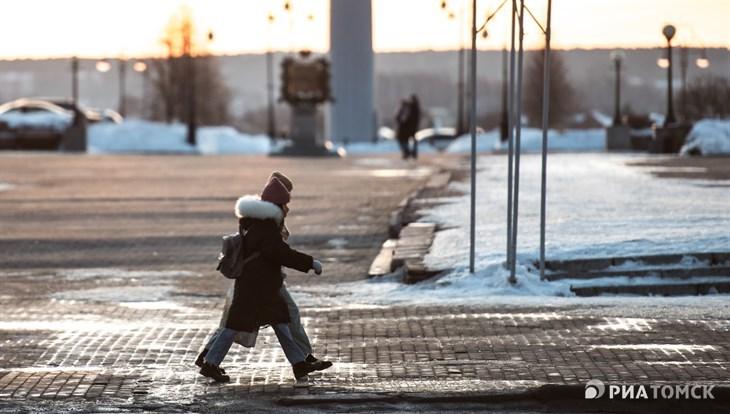 Снег и ветер с порывами до 14 м/с ожидаются в Томске в четверг