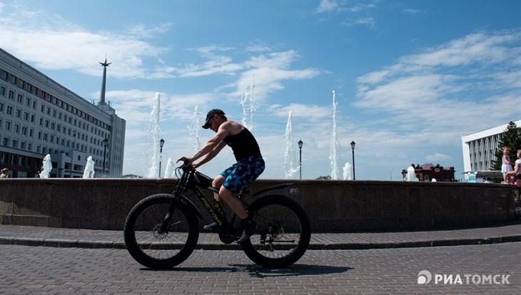 Синоптики ожидают теплую погоду без осадков в понедельник в Томске