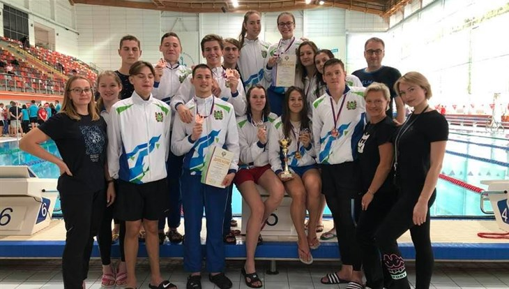 The Tomsk team won the Russian Finswimming Championships