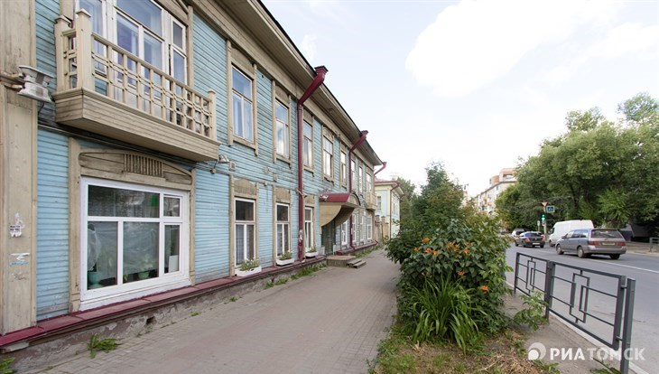 Прохладная погода с ветром ожидается в Томске в пятницу