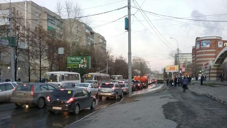 Власти Томска направят 40 млн руб на ремонт тротуаров в 2018г