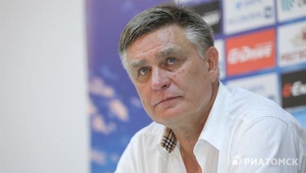 Петраков попросил болельщиков поддержать молодежь