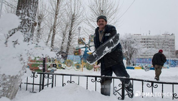 Теплая и снежная погода сохранится в Томске во вторник