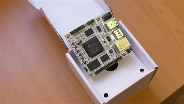 Томичи создали самый мощный компьютер размером с визитку