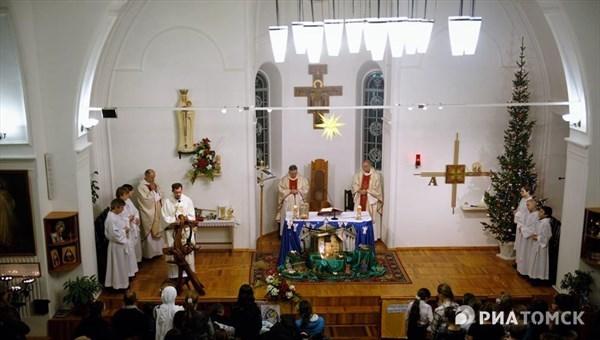 Католическое Рождество-2018: традиции, отличия от православных обычаев