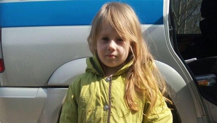 Полицейские ищут семью найденной в Томске девочки