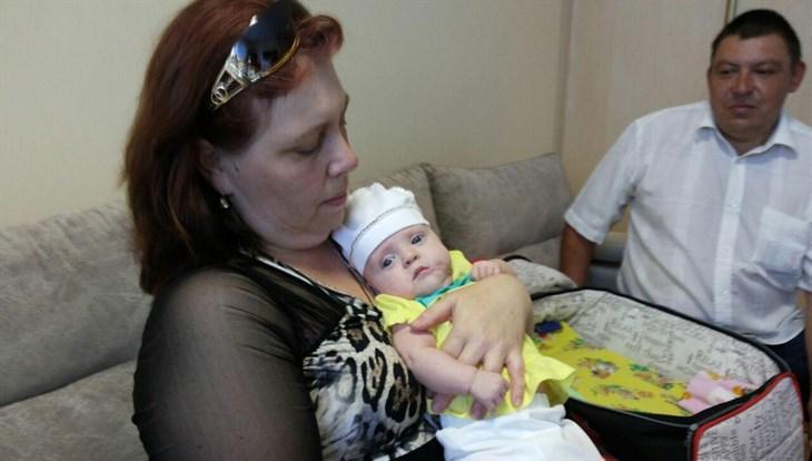 Спасибо за дочь: томские врачи спасли младенца с гигантской опухолью