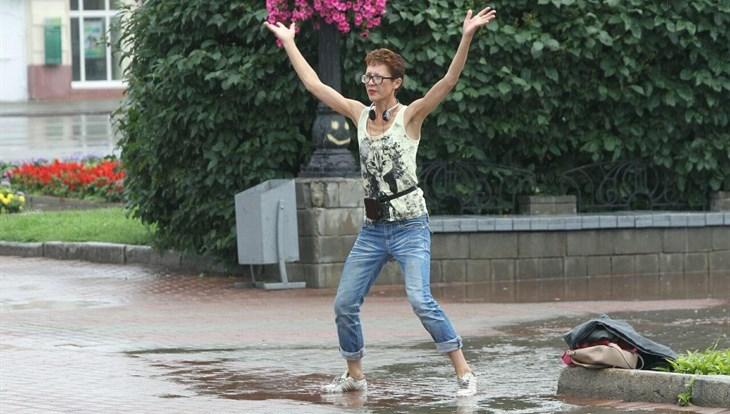 Жаркая погода ожидается в Томске в среду, возможна гроза