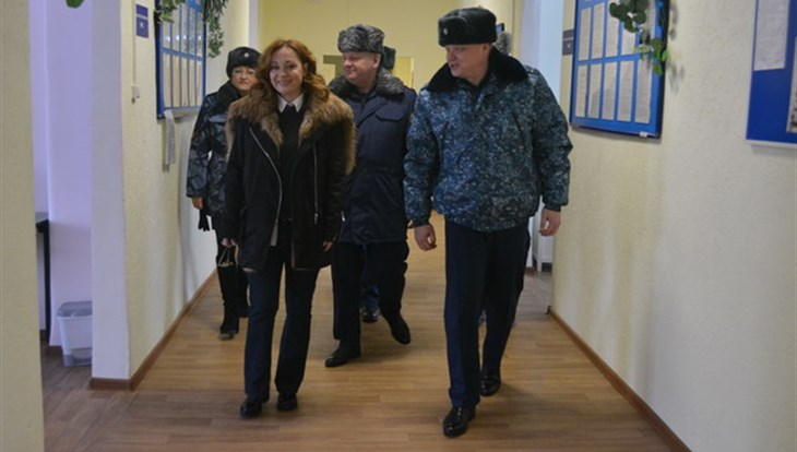 """Актриса телесериала """"Глухарь"""" посетила томскую колонию"""