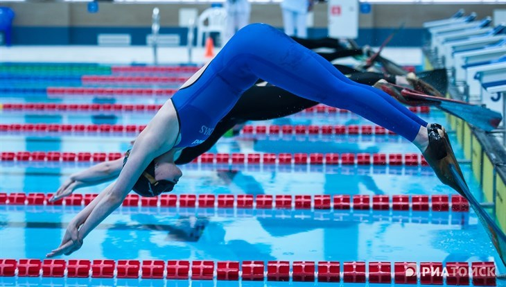 More than 400 swimmers take part in Snow Fins championship in Tomsk
