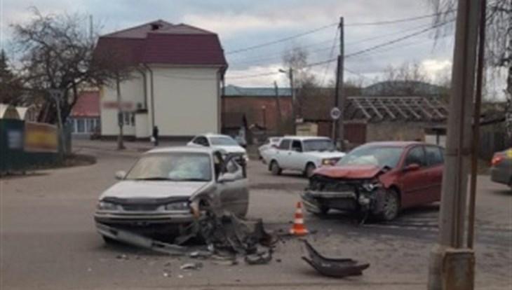 На Старо-Деповской в Томске в жуткой аварии пострадали два человека